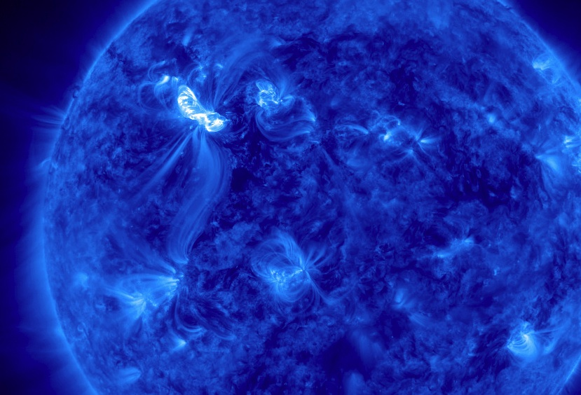 solar storm hitting earth right now - photo #10
